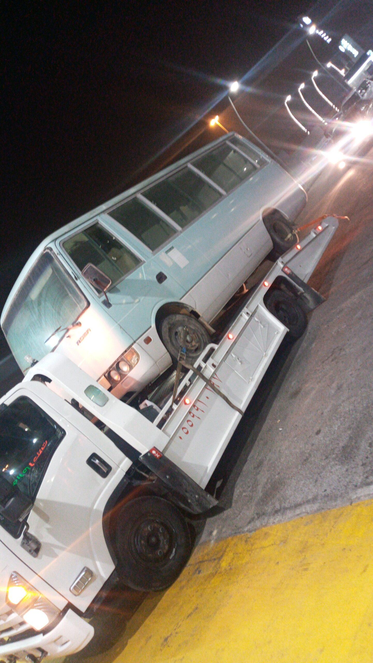 رقم سطحة شمال الرياض 0560634921 لنقل السيارات المعطلة داخل وخارج الرياض